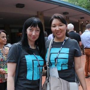 aiim-conference-tshirt-crowd